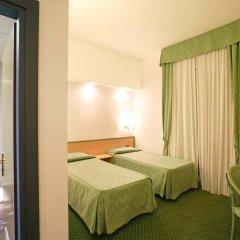 Hotel Iris 3* Стандартный номер с двуспальной кроватью