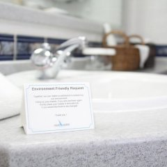 Avari Dubai Hotel 4* Стандартный номер с разными типами кроватей