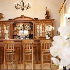 Hotel Obermaier гостиничный бар