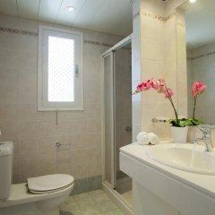 Отель Ayios Elias Pearl ванная