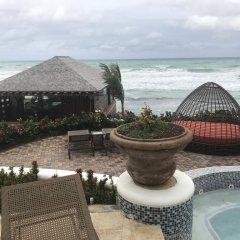 Отель Paradise Found пляж