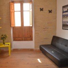 Апартаменты Sampedor Apartment Валенсия комната для гостей фото 3