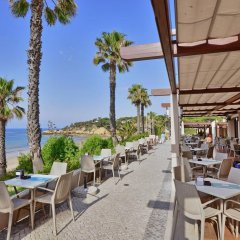 Отель Grande Real Santa Eulalia Resort бассейн