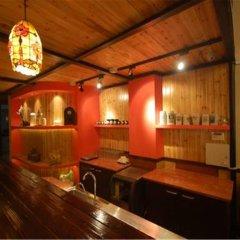 Отель Shanghai Soho Bund International Youth Hostel Китай, Шанхай - отзывы, цены и фото номеров - забронировать отель Shanghai Soho Bund International Youth Hostel онлайн гостиничный бар