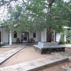 Отель Tissakumbura Holiday Home фото 12
