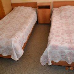 Гостиница Искра 3* Стандартный номер с 2 отдельными кроватями фото 8