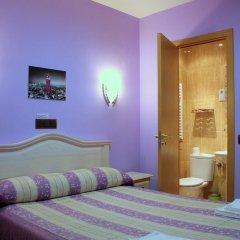 Отель Hostal Regio Стандартный номер с двуспальной кроватью фото 10
