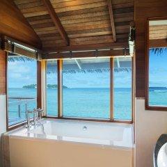 Отель Sheraton Maldives Full Moon Resort & Spa Мальдивы, Остров Фуранафуши - отзывы, цены и фото номеров - забронировать отель Sheraton Maldives Full Moon Resort & Spa онлайн ванная фото 2