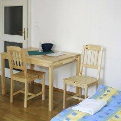 Hostel Rosemary Номер с общей ванной комнатой с различными типами кроватей (общая ванная комната) фото 46