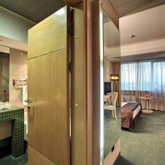 Отель Holiday Inn Belgrade 4* Стандартный номер с различными типами кроватей