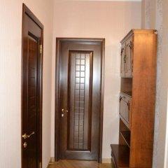 Апартаменты рядом с Каскадом сейф в номере
