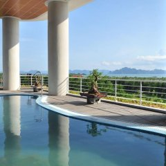Muong Thanh Grand Ha Long Hotel 4* Номер Делюкс с различными типами кроватей фото 3