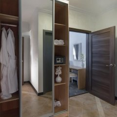 Гостевой Дом ART 11 Люкс с различными типами кроватей фото 17