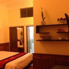 Hue Home Hotel 3* Стандартный семейный номер с двуспальной кроватью фото 3