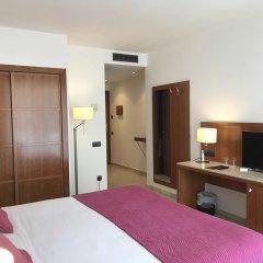 Hotel Calasanz удобства в номере