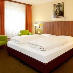 Отель Lux Германия, Мюнхен - отзывы, цены и фото номеров - забронировать отель Lux онлайн комната для гостей