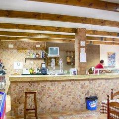 Отель Casa Rural Sierra Madrona гостиничный бар