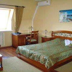 Гостиница Меркурий 4* Люкс двуспальная кровать