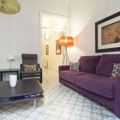 Отель Habitat Apartments Banys Испания, Барселона - отзывы, цены и фото номеров - забронировать отель Habitat Apartments Banys онлайн комната для гостей фото 2
