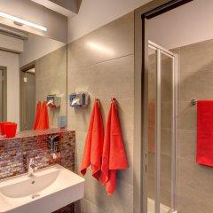 Отель Meininger Brussels City Center Брюссель ванная
