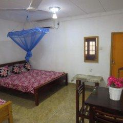 Отель Thisara Guesthouse комната для гостей фото 2