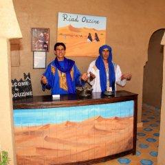 Отель Riad Ouzine Merzouga Марокко, Мерзуга - отзывы, цены и фото номеров - забронировать отель Riad Ouzine Merzouga онлайн интерьер отеля