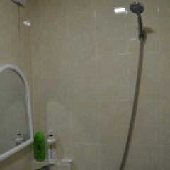 Отель Хостел Green Stairs Грузия, Тбилиси - 14 отзывов об отеле, цены и фото номеров - забронировать отель Хостел Green Stairs онлайн ванная фото 2