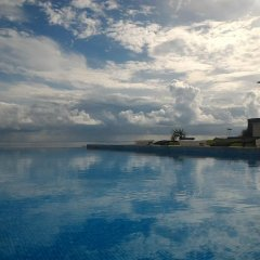 Отель CK Seaside Guest House бассейн