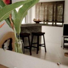 Отель Chalisa Villas гостиничный бар