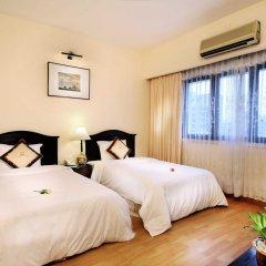 Century Riverside Hotel Hue 4* Номер Делюкс с различными типами кроватей фото 5