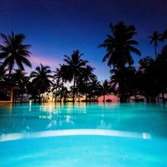 Отель Lomani Island Resort - Adults Only бассейн