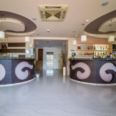 Step Hotel интерьер отеля