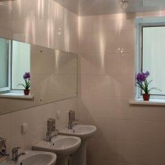 Мини-отель Лондон Стандартный номер с двуспальной кроватью (общая ванная комната) фото 2