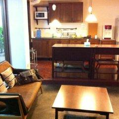 Отель House23 Guesthouse - Hostel Таиланд, Бангкок - отзывы, цены и фото номеров - забронировать отель House23 Guesthouse - Hostel онлайн комната для гостей фото 4