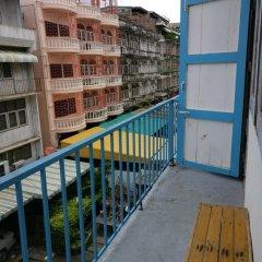 Отель Sleep BKK Стандартный семейный номер с двуспальной кроватью фото 12