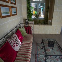 Отель Twilight Holiday Home Мальта, Гасри - отзывы, цены и фото номеров - забронировать отель Twilight Holiday Home онлайн питание фото 2