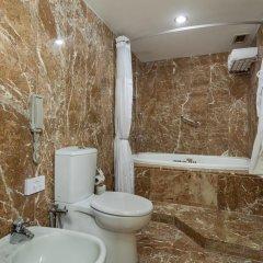 Mersin HiltonSA Турция, Мерсин - отзывы, цены и фото номеров - забронировать отель Mersin HiltonSA онлайн ванная фото 2