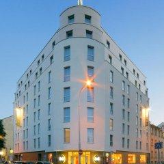 B & B Hotel Prague City вид на фасад фото 3