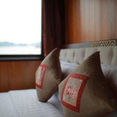 Отель Majestic Halong Cruise 3* Номер Делюкс с различными типами кроватей фото 7