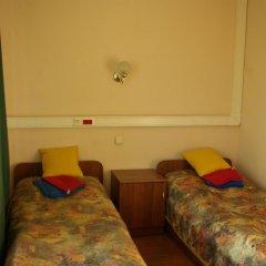 Гостиница Связист 2* Стандартный номер с 2 отдельными кроватями (общая ванная комната) фото 5