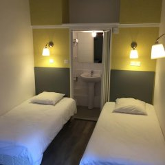 Inter-Hotel Au Patio Morand 3* Стандартный номер с 2 отдельными кроватями фото 3