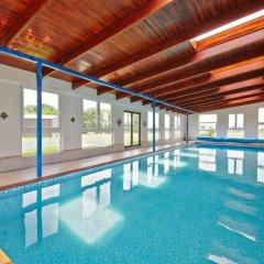 Отель Oáza Resort бассейн