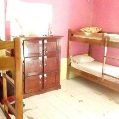 IRIE Vibez hostel Кровать в общем номере фото 3