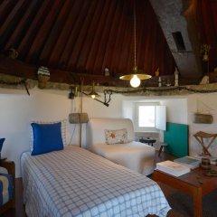 Отель Feels Like Home - Moinho do Mar near Ericeira комната для гостей фото 2