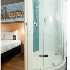Отель Ibis Lisboa Parque das Nações Португалия, Лиссабон - отзывы, цены и фото номеров - забронировать отель Ibis Lisboa Parque das Nações онлайн ванная фото 2