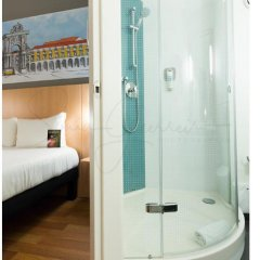 Hotel Ibis Lisboa Parque das Nacoes ванная фото 2