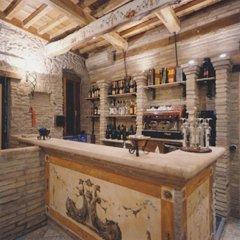 Отель La Locanda Del Passerotto Остия-Антика гостиничный бар