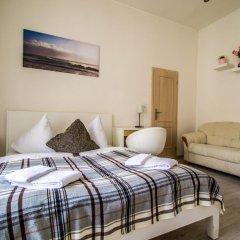Апартаменты Ruterra Apartment Charles Bridge комната для гостей фото 4