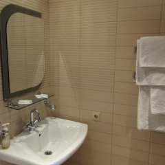 Гостевой Дом Клавдия Полулюкс с разными типами кроватей фото 7