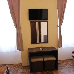 Отель Crystal Lux Апартаменты с различными типами кроватей